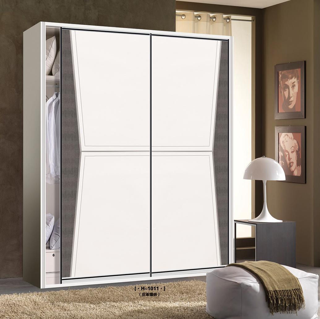 公司年产板式家具上万套,是一家集产品开发生产销售为一体的专业现代化生产企业。